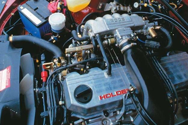 holden-vl-commodore-engine.jpg