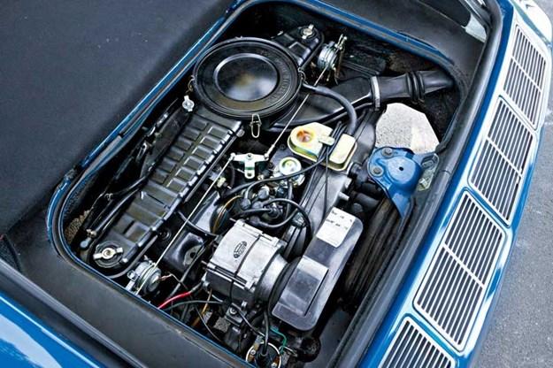 vw-karman-ghia-engine.jpg