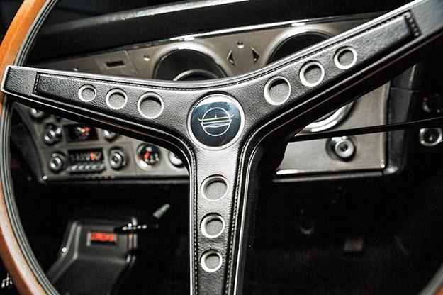 ford-phase-falcon-steering-wheel.jpg