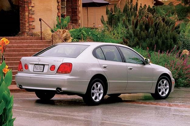 lexus-gs300-rear.jpg