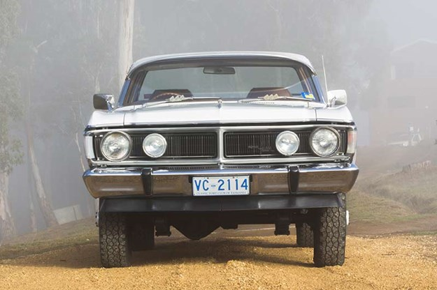 ford-falcon-xy-utility-front.jpg