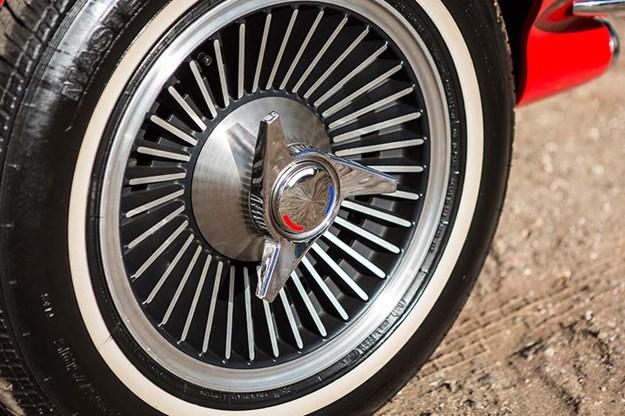 corvette-c2-wheel-2.jpg