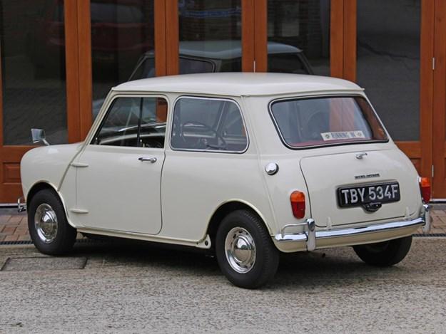 Worlds-most-original-mini-rear.jpg