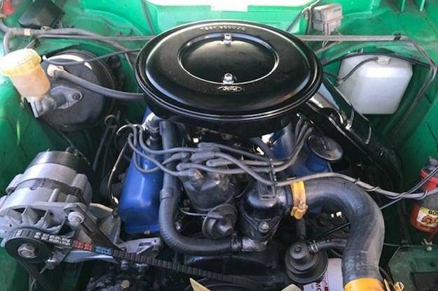 ford-capri-engine-bay.jpg