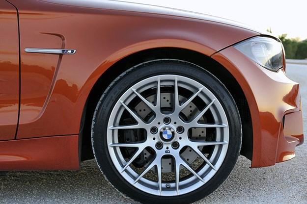 bmw-1m-wheel.jpg