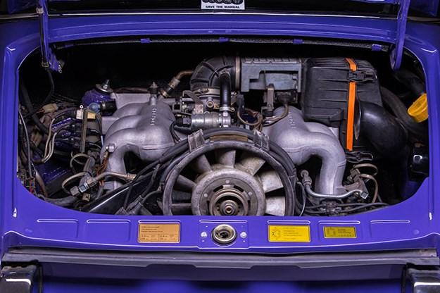 porsche-911-engine-bay.jpg