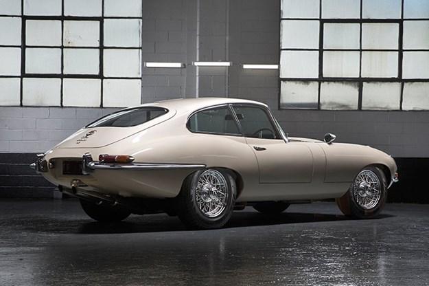 Jaguar-e-type-3.jpg