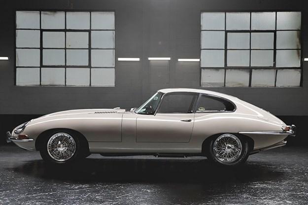 Jaguar-e-type-side.jpg
