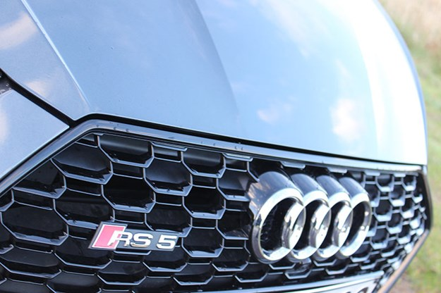 audi-rs5-grille.jpg
