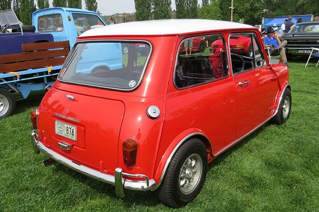 mini-cooper-s-rear.jpg