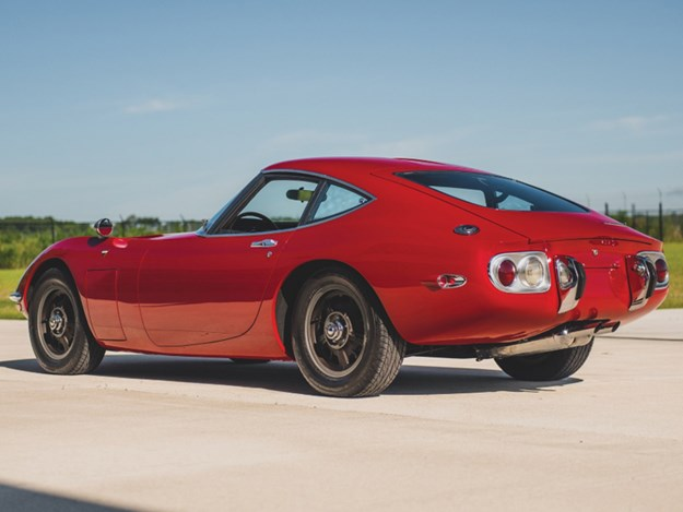 Toyota-2000GT-for-auction-rear-side.jpg