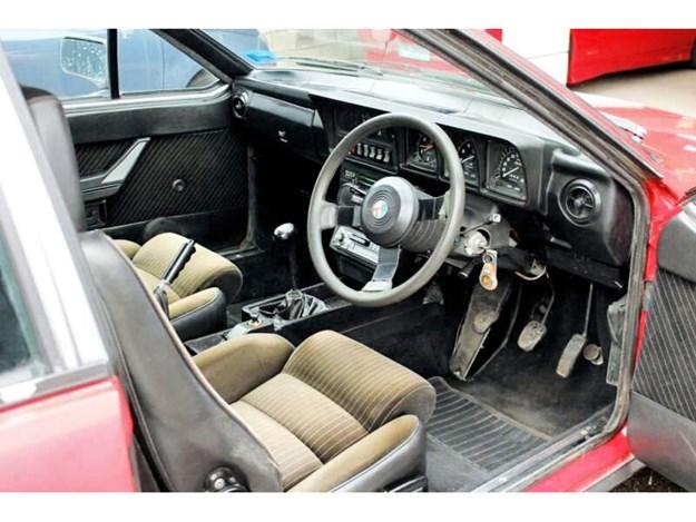 Alfetta-GTV6-interior.jpg
