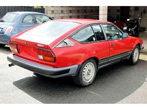 Alfetta-GTV6-rear-side.jpg