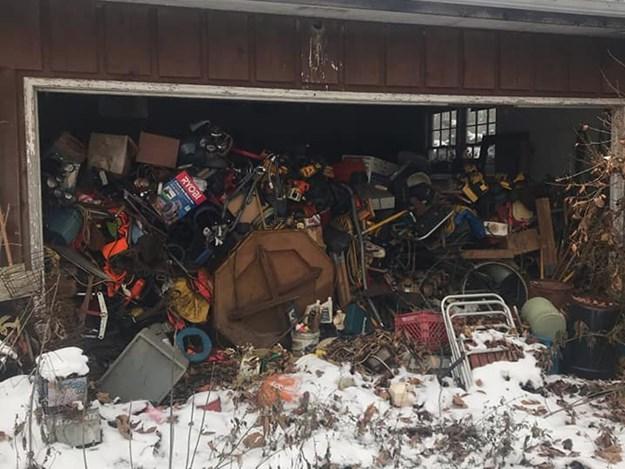 Corvette-barn-find-trash.jpg