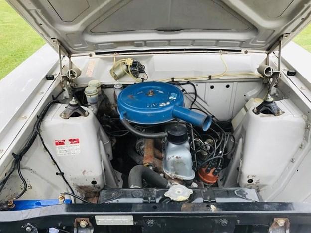XW-ute-engine.jpg