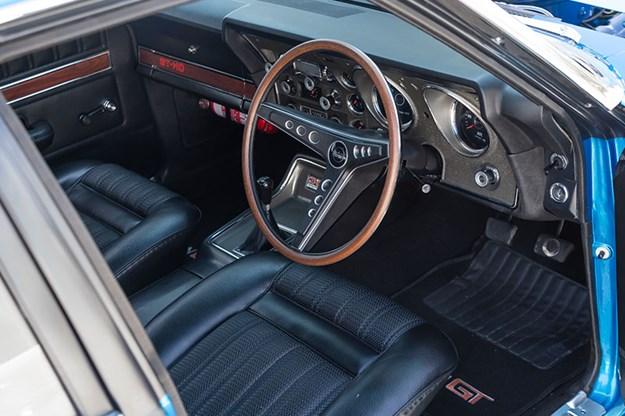 ford-xy-falcon-gtho-replica-interior-3.jpg