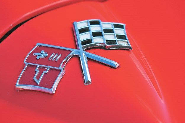 peter-brock-corvette-badge-3.jpg