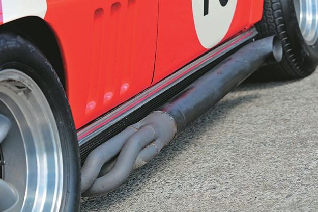 peter-brock-corvette-exhaust.jpg