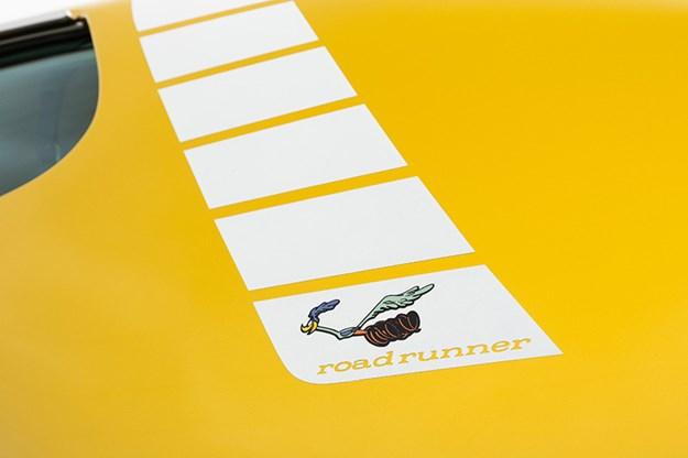 R:\Web\WebTeam\Mary\Motoring\UC 440\road runner\plymouth-road-runner-sticker-2.jpg
