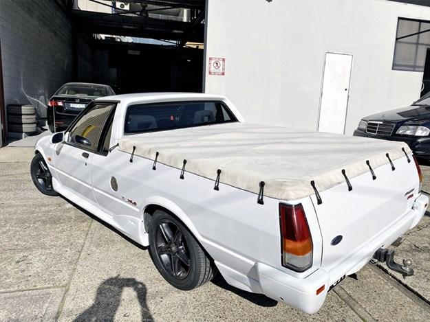 XH-XR6-ute-rear-side.jpg