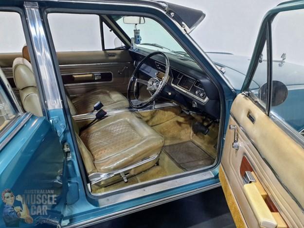Chrysler-VIP-interior.jpg
