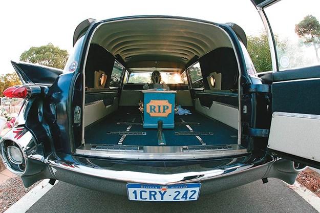 studebaker-hearse-rear.jpg