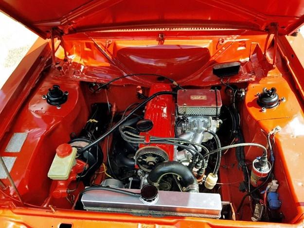 Escort-MkII-engine.jpg