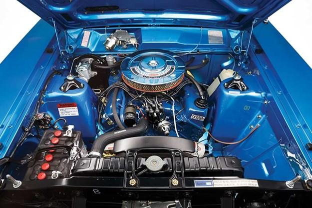 ford-falcon-xw-gtho-phase-ii-engine-bay.jpg