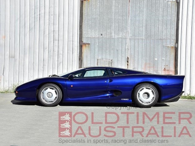 Jaguar-XJ220-side.jpg