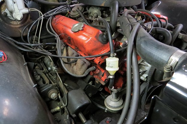 holden-kingswood-engine-bay.jpg