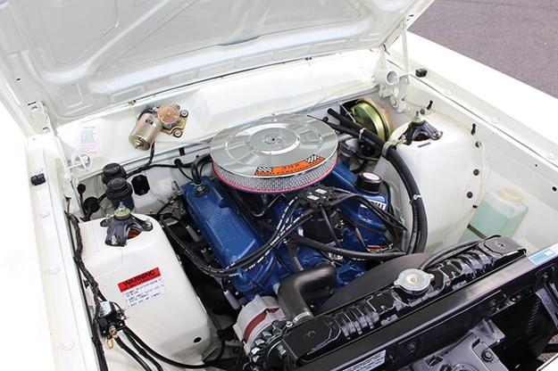 ford-falcon-xt-resto-engine-bay-2.jpg