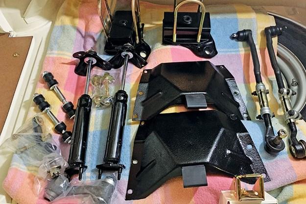 ford-falcon-xt-resto-parts-2.jpg
