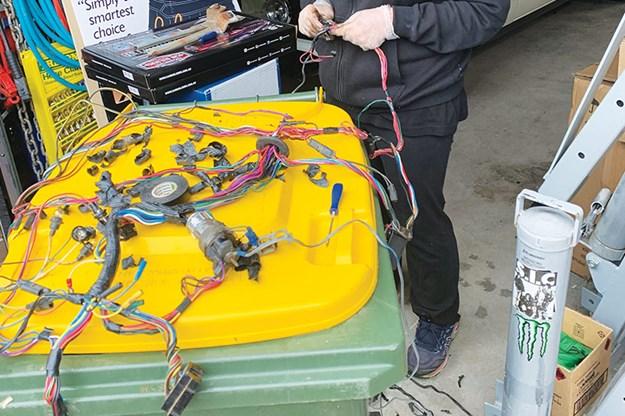 ford-falcon-xt-resto-wires.jpg