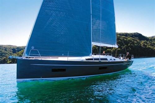 Solaris One 42 hull