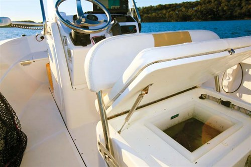 Killtank on Edgewater 170 CC boat