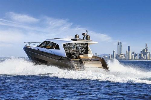 Elandra 53 luxury yacht
