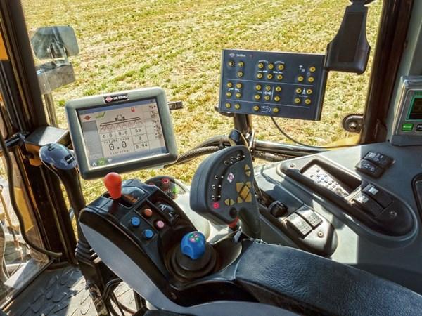 9 Hardi Navigator 6000 Spray Controller System