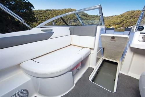 Bayliner 190 Deck Boat layout