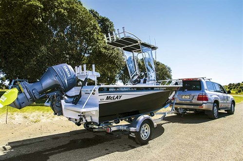 Towing a McLay 521 Fortress Centre  Console