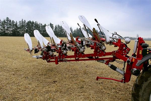 3149_Agrolux _HRWT_5785_plough