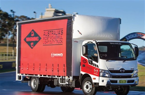 Hino -300-series -921-review -truck -atn _500x 328[1]