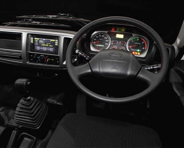 Hino -500-series -GT,-truck ,-review ,-ATN2