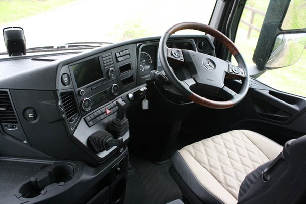 Mercedes -Benz Arocs Cab