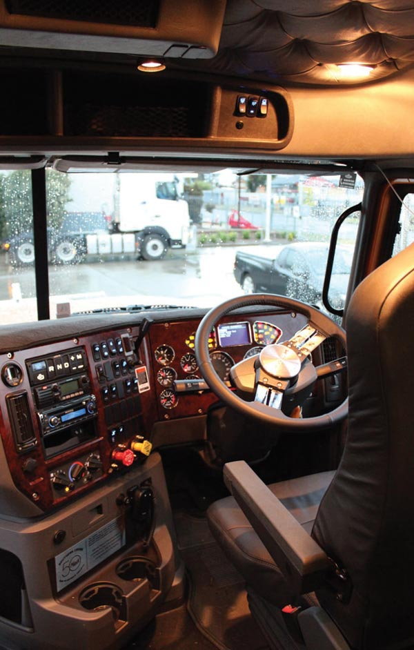 Mack -Titan ,-MP10,-Special -Edition ,-truck ,-review ,-ATN3