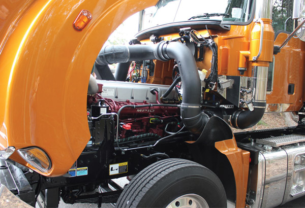 Mack -Titan ,-MP10,-Special -Edition ,-truck ,-review ,-ATN