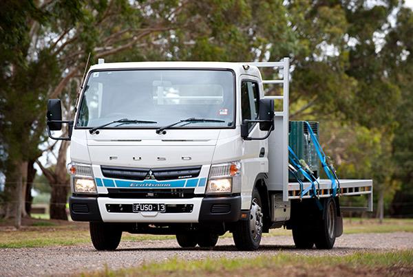 Mitsubishi ,-Fuso ,-Canter ,-Eco -Hybrid ,-truck ,-review ,-ATN4