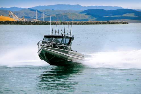 Profile 780HW hull