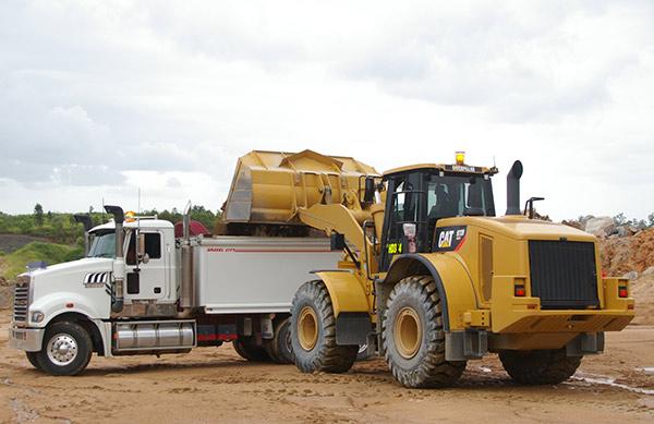 Mack ,-Trident ,-6x 4,-truck ,-review ,-ATN4