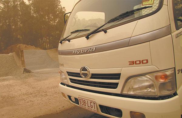Hino ,-Hybrid ,-300-Series ,-714,-video ,-review ,-ATN5