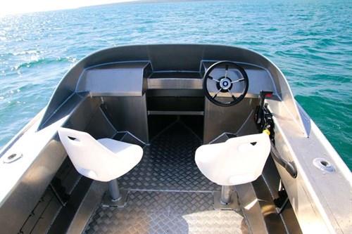 Fish City FC465 cockpit